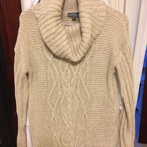 Market and Spruce Stitch Fix Sweater, Small.